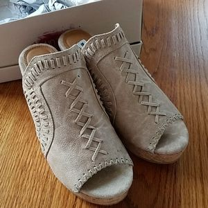 Not Rated Cork Francie Wedge Braided 7.5 Sandals